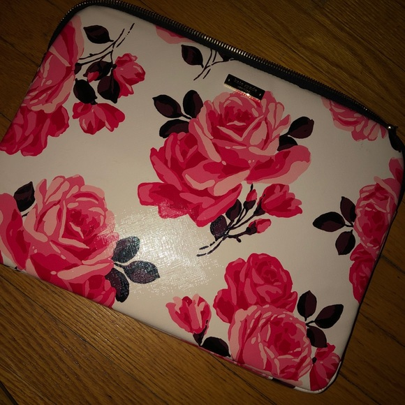 kate spade Accessories - Kate Spade laptop case. Spring themed. 🌸